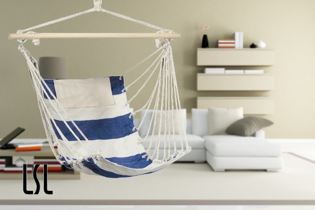 £29.99 instead of £79.99 (from Life's Simple Luxuries) for a blue and white hanging swing chair – relax and save 63%