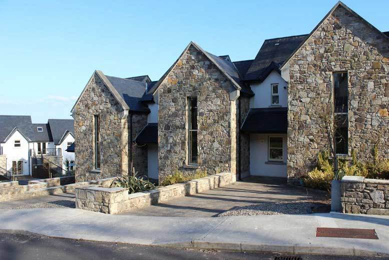 Ireland: 2-7nt County Clare Break for 6 @ Lakeside View Holiday Homes – Summer Availability!