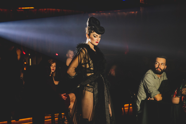 Restaurants & Bars: Variety Show, Cocktail & After Party @ Proud