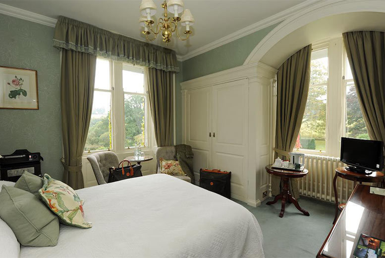 UK City Breaks: 1-2nt Perthshire Stay & Bottle of Wine for 2 @ 4* Ballathie House