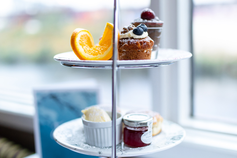 Restaurants & Bars: 4* Marriott V&A Hotel Afternoon Tea & Cocktail for 2