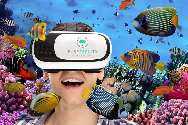 £12 instead of £79.99 (from Boutique Shop) for a 3D virtual reality headset - save 85%