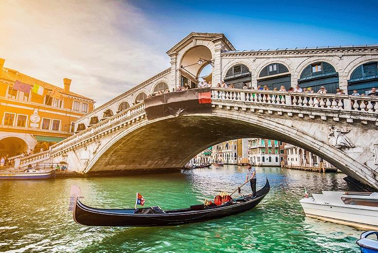 European City Breaks: Central Venice Carnival Break & Flights - Carnival Mask Worshop!