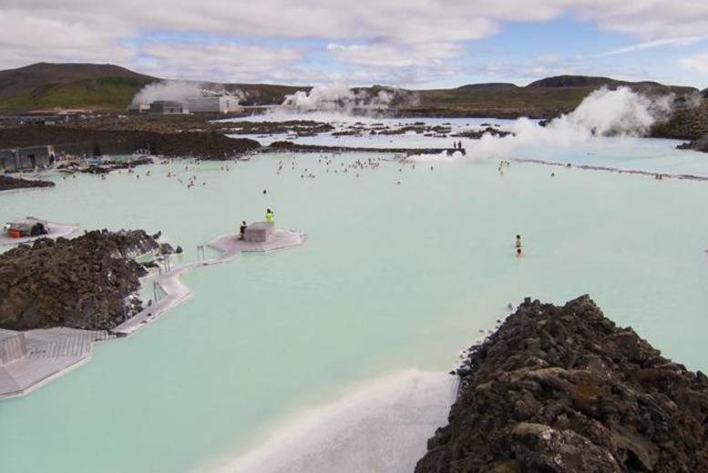 From £279pp for a 3nt Iceland break inc. flights, from £289pp inc. Northern Lights tour from & £349pp inc. 2 tours from iFly - save up to 52%