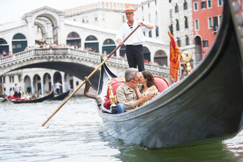 European City Breaks: 4* Wintry Venice Escape, Breakfast & Flights - Xmas Market Dates!