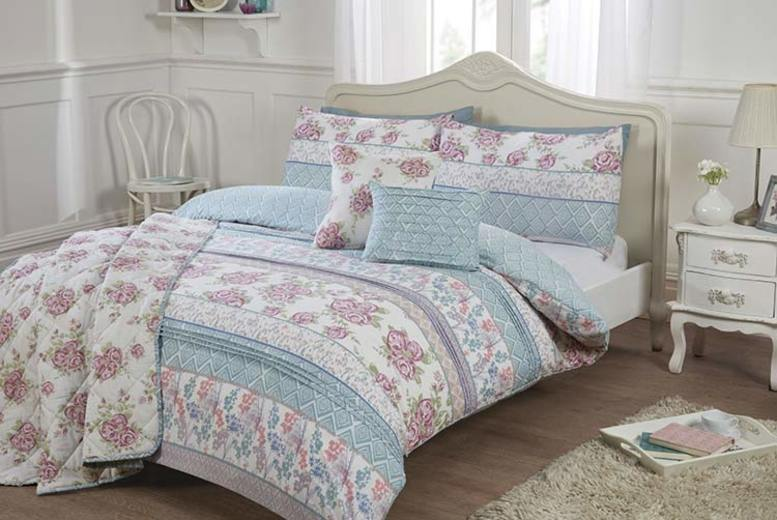 Julia Floral Duvet Cover Set – 2 Sizes w/Optional Throw or Cushion (£6.99)