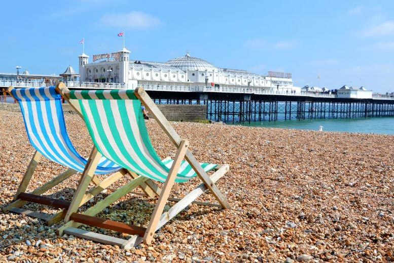 UK Seaside: 1-2nt 4* Seafront Brighton, 3-Course Dinner, Wine & Breakfast for 2