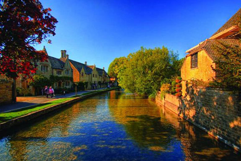 Entertainment: Oxford, Cotswolds, Stratford Upon Avon & Warwick Castle Tour