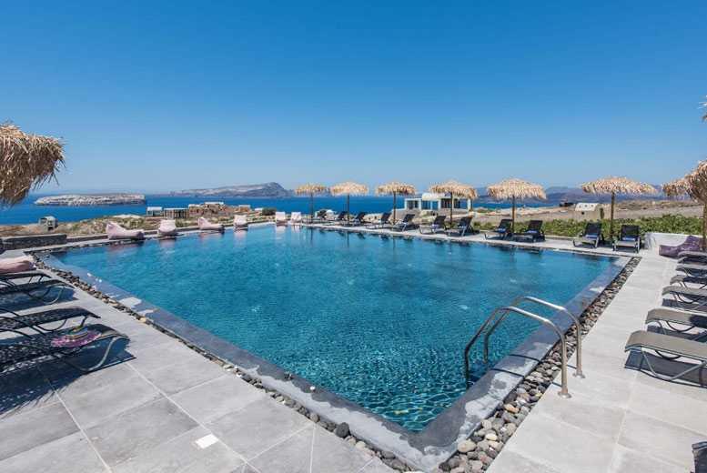 Beach Holidays: Summer 2020 Santorini Getaway, Breakfast & Flights
