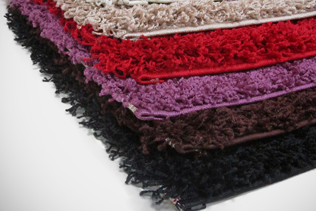 £9.99 instead of £39.99 (from The Rug Shop) for a shaggy rug in a choice of six colours - save 75%
