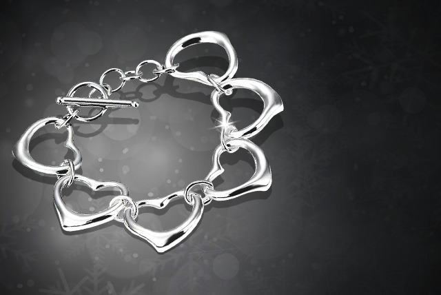 £10 instead of £68.99 (from Suga Rush Love) for a 925 silver-plated heart links bracelet – save 86%