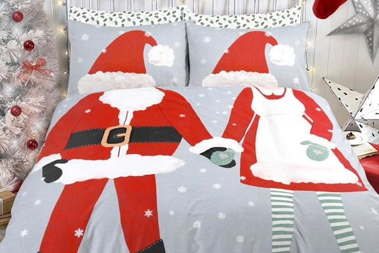 Dress Up Christmas Duvet Cover Set – 3 Styles! (£12.99)