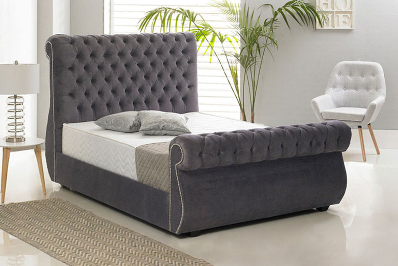 Crushed Velvet Chiswick Bed – 5 Sizes & 7 Colours! (£299)