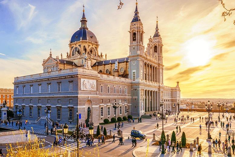 European City Breaks: 4* Central Madrid Getaway, B'fast & Jacuzzi Room @ Hotel Opera