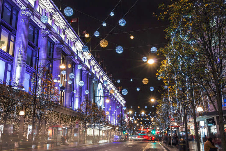 UK City Breaks: Christmas Shopping Stay & Prosecco for 2 @ 4* Park Grand Kensington