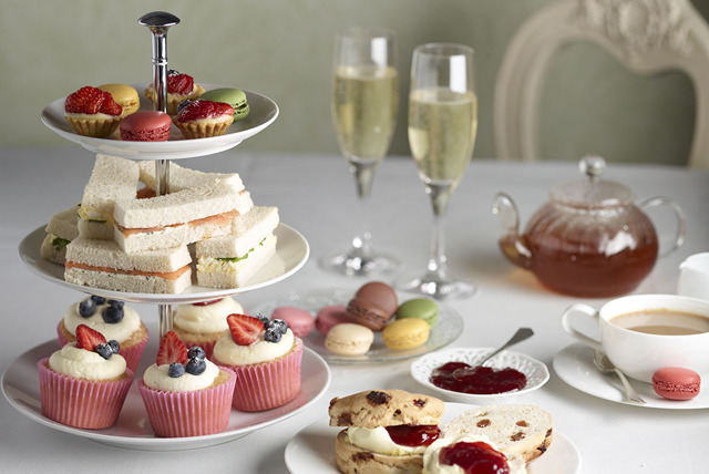 £12 instead of up to £24.50 for a Champagne afternoon tea inc. leisure access, £20 for 2 people at Hallmark Hotel, Hull - save up to 51%