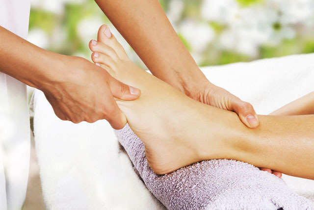 £18 instead of £60 for a 1-hour postural assessment at Foot Care Services, Leicester & Loughborough - save 70%