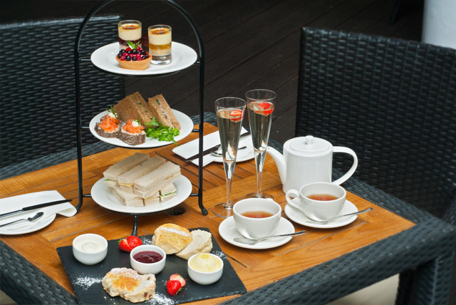 £24 for afternoon tea for 2 including a glass of bubbly each at The Thistle Piccadilly Hotel, London