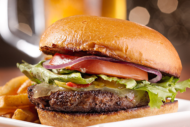 £11 instead of up to £29.90 for any classic main or 'The Original' burger for 2 at The Rosehip, Edinburgh - save up to 63%