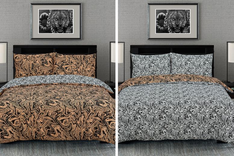 Marble Effect Reversible Duvet Cover Set – 3 Colours & 2 Sizes (£9.99)