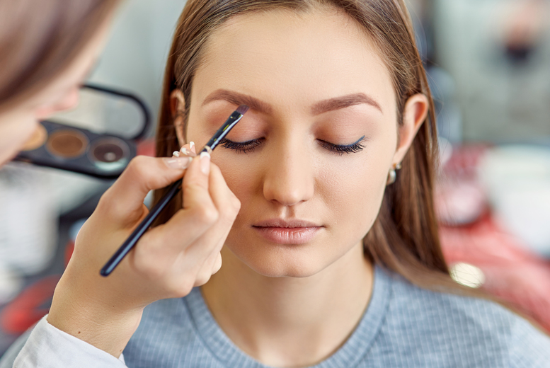 £29 for a three-hour MAC makeup masterclass for one person with Beauty School Ireland - choose from Belfast and Bangor locations