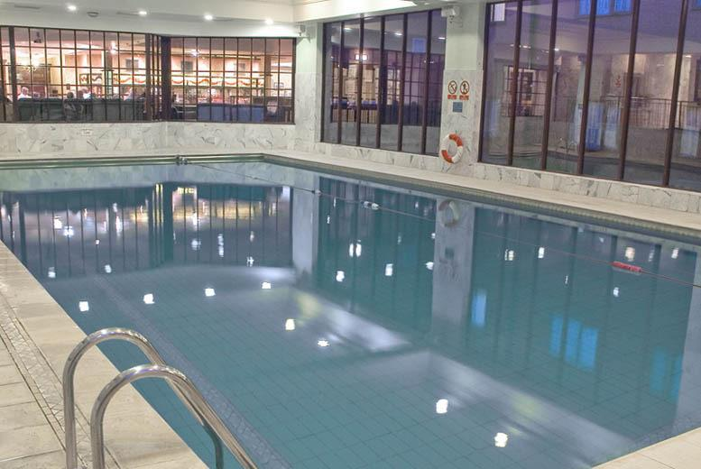From £39 (at Royal Court Hotel) for a 1nt room-only break for 2 people inc. £15 hotel credit to spend on drinks, spa, dinner or more - save up to 39%