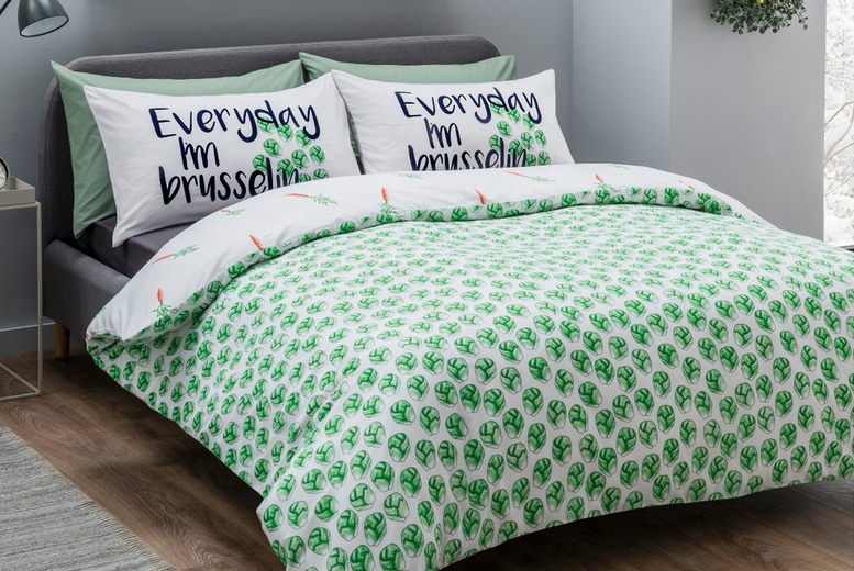 Brussel Sprouts Reversible Duvet Cover Set – 3 Sizes! (£9.99)