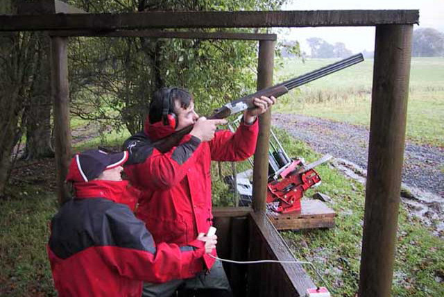 £32 instead of £80 for a clay pigeon taster experience for 2 people including a picnic at Kelly Country Sports, Dover - save 60%