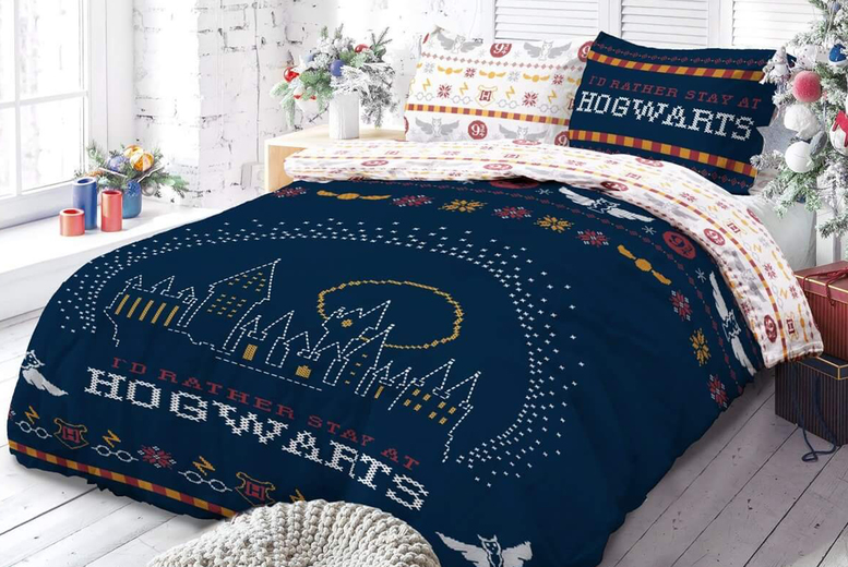 Harry Potter Christmas Break Bedding Set (2 Sizes) (£17.99)