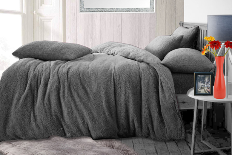 Teddy Fleece Bedding Set – 4 Sizes & 9 Colours! (£12.99)