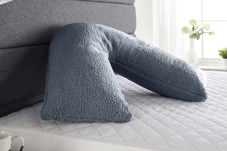 £12.99 instead of £39.99 (from Pegasus) for a teddy fleece V pillow – save 68%