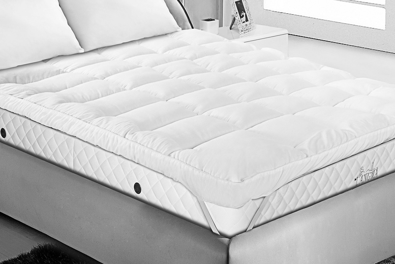 4″ Extra Thick Luxury Mattress Topper – 4 Sizes! (£19.99)