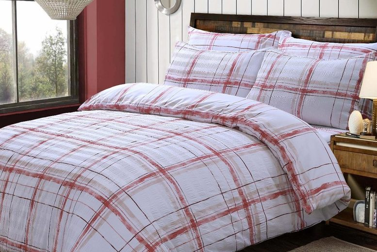 Seersucker Bedding Set – 4 Sizes & 3 Colours! (£12.99)