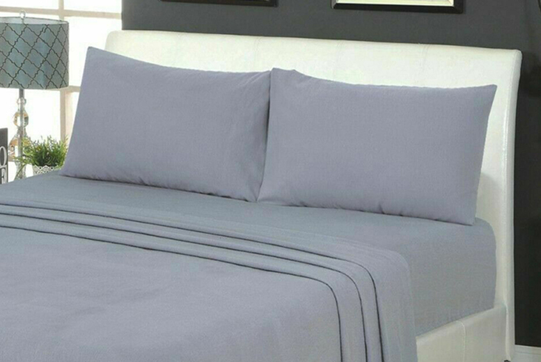 100% Brushed Cotton Flannelette Fitted Sheet & Pair of Pillow Cases (£13)
