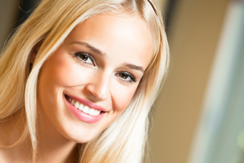 £69 instead of £250 for Cool Blue LED teeth whitening inc. consultation at Aura Dental Spa, St John's Wood - save 72%