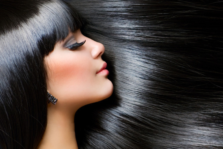 £13 instead of £42 for a cut, Moroccanoil treatment, blow dry and glass of bubbly at Fusion Salon, Glasgow - save 69%