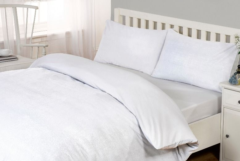 From £20 for bamboo extra deep fitted sheets from Cascade Home  – save up to 60%