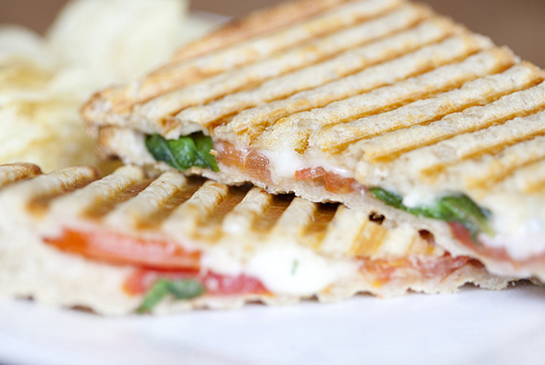 £9 instead of £19 for lunch for 2 inc. a panini, cake & hot drink each, or £17 for 4 people at Devine Cakes Café, Nottingham - save up to 53%