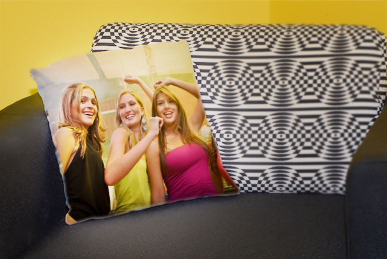 £9 instead of £18 (from Great Photo Gifts) for a 30cm x 30cm personalised photo cushion or £14 for a 46cm x 46cm cushion – save up to 50%