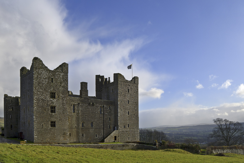 £4 entry for 1 adult, £7.50 for 2 adults or 1 adult & 1 child, or £13 for family entry to Bolton Castle, Wensleydale - save up to 53%