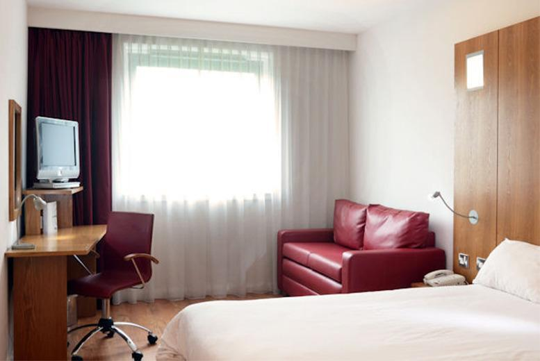 £39 (at Ramada Encore Barnsley) for a 1-night stay for 2 people including breakfast, £59 for 2 nights - save up to 43%