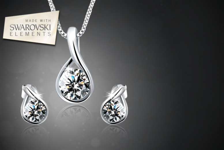 £12 instead of £54 (from Gettingbling.com) for a Swarovski Elements droplet earrings and necklace set - save 78%
