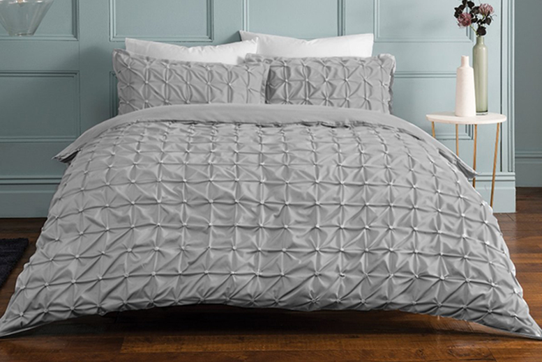 £12.99 (from FiveMinutesMore) for a luxury single rouched pleat duvet cover set, £17.99 for a double set, £21.99 for a king set, £22.99 for a super king set!