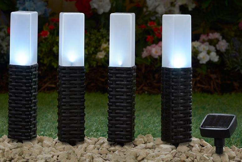 4 x Rattan Solar Stake Lights (£12.99)