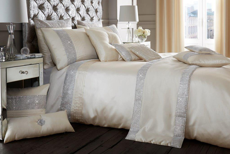 From £12.99 instead of £39.99 (from Victoria Home Living) for a single sparkle duvet cover set – choose your colour and size and save up to 68%