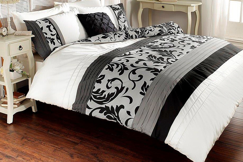 From £12.99 instead of £39.99 (from Victoria Home Living) for a single scroll duvet cover set – choose your colour and size and save up to 68%