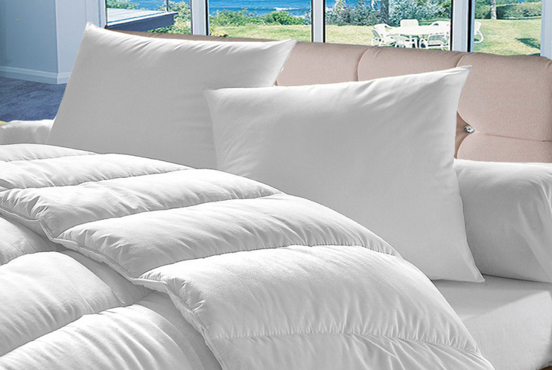 £15.99 instead of £49.99 (from Direct Warehouse) for a single 10.5 tog summer duvet with four pillows, choose your size and save up to 68%