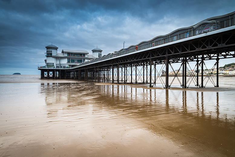 £99 for a two-night seaside break for two people including a glass of Prosecco on arrival and a daily breakfast at The Royal Hotel, Weston-super-Mare - save up to 57%