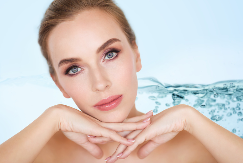 £29 for a two-hour 'anti-ageing' facial masterclass including a facial mask and galvanic facial demonstration at CMBTA - choose from nine locations and save 71%
