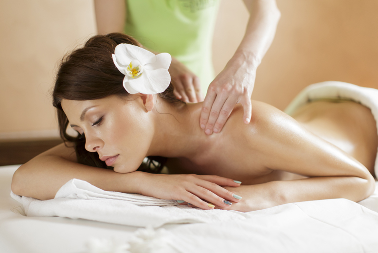£16 for a one-hour Swedish massage or a hot stone massage, or upgrade to include a 30-minute mini facial for £19 at Oceanic Hair & Beauty, Glasgow - save up to 60%